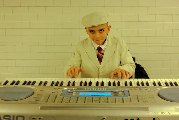 Subway performer, photo