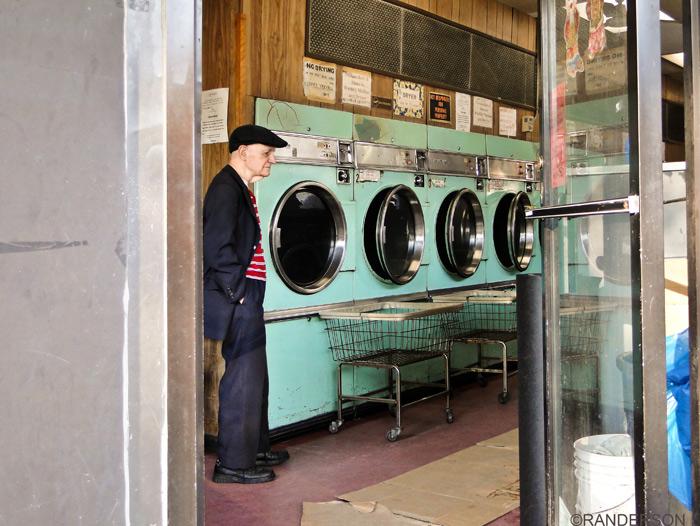 laundromats, photo
