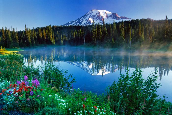 Mount Ranier, Reflection Lake, photo